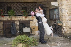 Marié devant la mairie de Lacommande