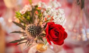 Bouquet dans la salle du coq en pâte