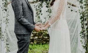 Mariés au coq en pâte